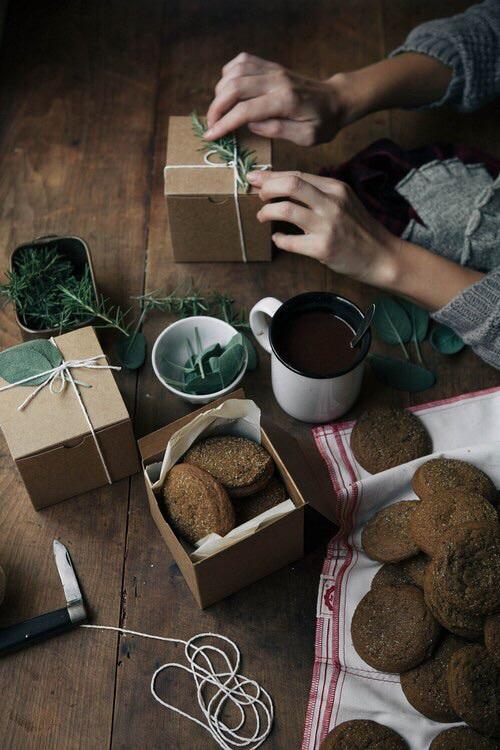 gift, christmas, and Cookies image