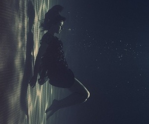 girl, water, and grunge image