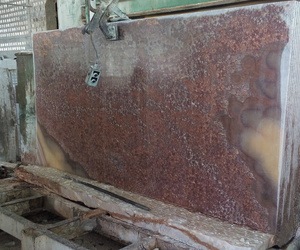 red onyx, red onyx slabs, and red onyx wall image