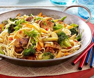 chinese, wok, and dinner image