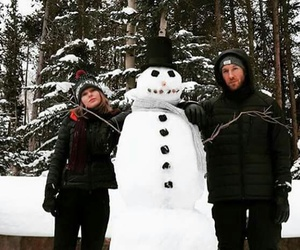 calvin, snowman, and Swift image