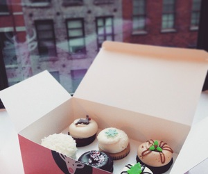 cupcakes, food, and nyc image