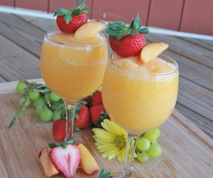 drinks, yummy, and FRUiTS image