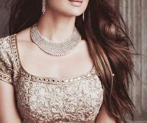 beauty, bollywood, and saree image