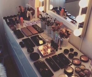 lifestyle, room decor, and make up image
