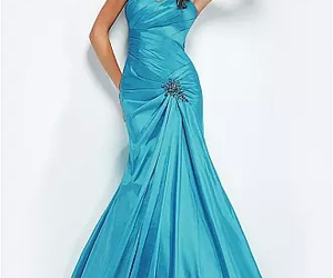 dress, a-line, and ball gowns image