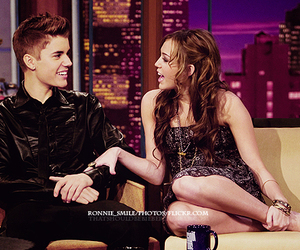 miley cyrus, cute, and justin bieber image
