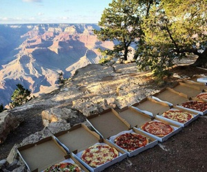 cielo, pizza, and lugares image