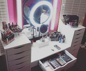 makeup, beauty, and bedroom image