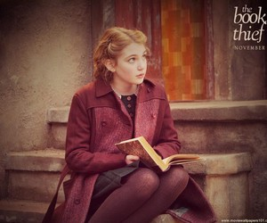 books, girl, and the book thief image
