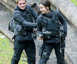 Jennifer Lawrence, josh hutcherson, and peeta mellark image