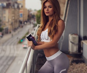 abs, blonde, and fit image