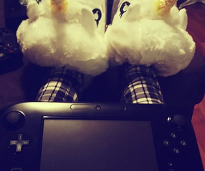 comfy, holidays, and games image