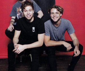 5sos, 5 seconds of summer, and LUke image