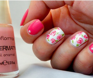 pink manicure french image