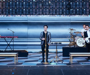 band, brendon urie, and live image
