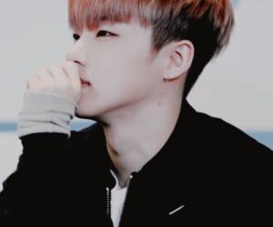 boy, Ikon, and jinhwan image