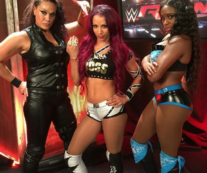 wwe, sasha banks, and naomi image