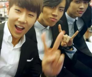 infinite, sunggyu, and woohyun image
