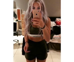lottie tomlinson, hair, and body goals image