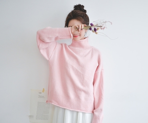 korean and pink image