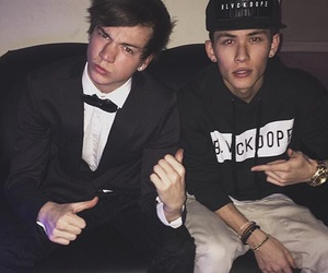 carter reynolds, taylor caniff, and magcon image