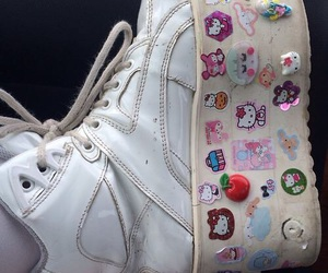 shoes, hello kitty, and pale image