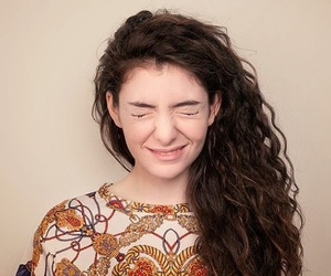 lorde and royals image