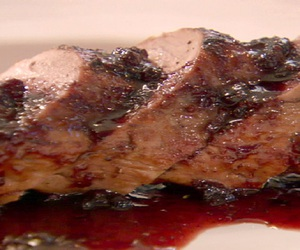 balsamic, pork, and cooking image