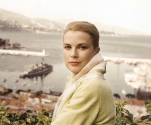 actress, american girl, and beauty image