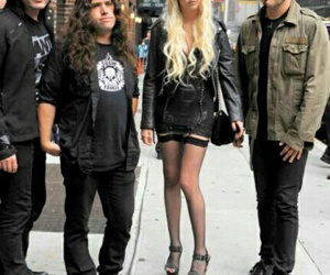 Taylor Momsen, the pretty reckless, and mark damon image