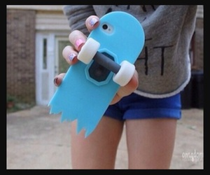 case, skateboard, and iphone image