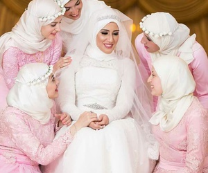 bride, fashion, and bridemaids image