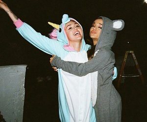 miley cyrus, ariana grande, and miley image