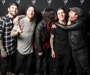 kellin quinn, sleeping with sirens, and jack fowler image
