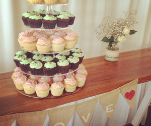 cupcakes, pink, and mint choc chip image
