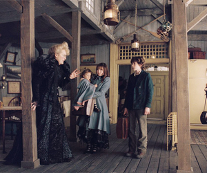 A Series of Unfortunate Events, Violet Baudelaire, and emily browning image