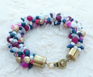 bracelet, color, and pearls image