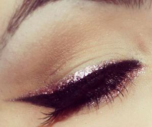 makeup, eyeliner, and glitter image