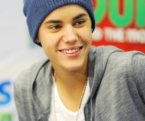 justin bieber, sexy, and smile image