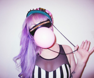 bubble gum, fashion, and hair image
