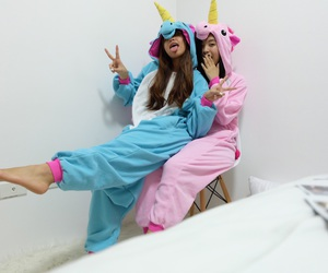 unicorn and best friends image