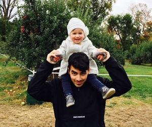 Joe Jonas, baby, and alena rose jonas image