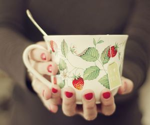 tea, strawberry, and cup image