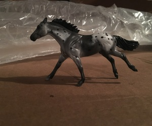 horse and breyer image