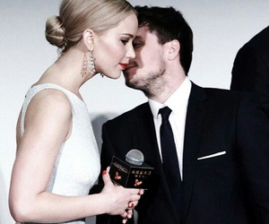 Jennifer Lawrence, mockingjay, and joshifer image