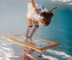 water, underwater, and alice image