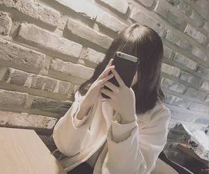 ulzzang, girl, and fashion image