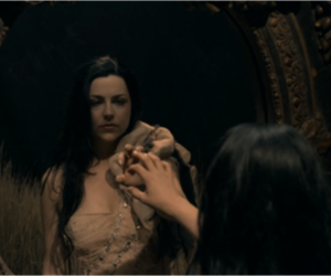 amy lee, evanescence, and my heart is broken image