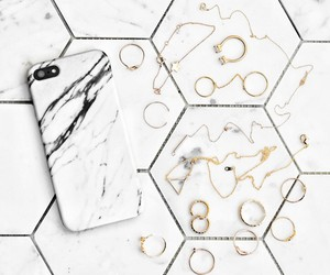 iphone, marble, and rings image